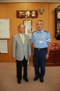 富士宮警察署長と石川(正)会長